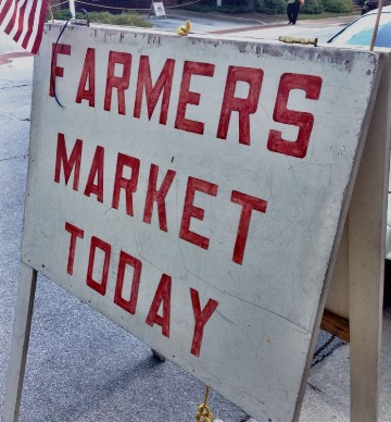 Farmers Market Sign 28 July 2015