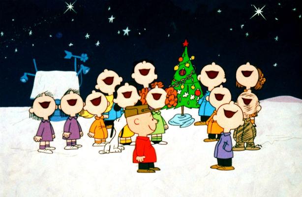 Peanuts Christmas Carolers