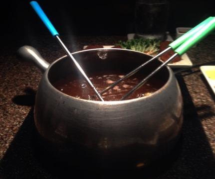 Fondue Pot 2